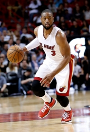 AP Source: Contract talks between Wade, Heat at impasse-Image1
