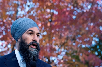 NDP Leader Jagmeet Singh responds to questions during a news conference in Ottawa, on Thursday, October 10, 2019. THE CANADIAN PRESS/Paul Chiasson