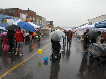Weather did not dampen the mood for Carrot Fest goers