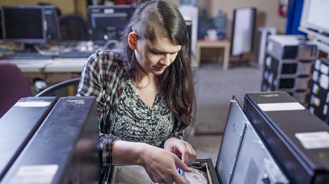 High tech for indigenous women