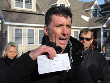 Dewar scolds Canada Post for community mailbox plan