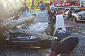 Ottawa fire extrication team