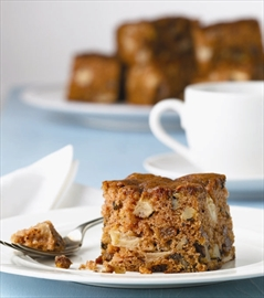 Whiskey apple cake great for dessert or a snack– Image 1