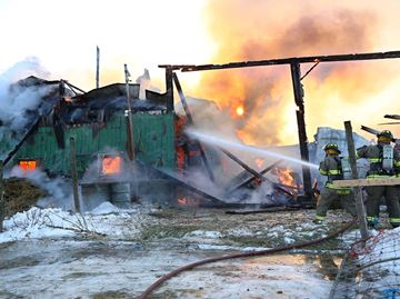 Animals perish in barn fire
