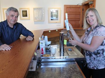 New Meaford Hall bar a big improvement