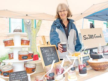 Farmers' market opens in Alliston