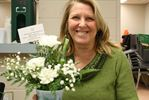 Horticultural society makes bouquets for seniors