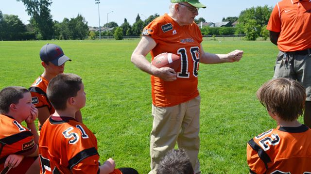 New football field to be built in Orléans