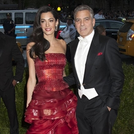 George Clooney swapped honeymoon for Comic Con-Image1