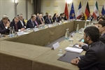 Iran nuclear talks near deadline; differences remain-Image1