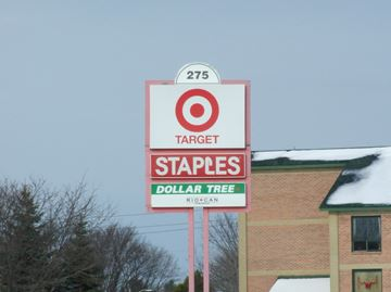 Staples closes in Smiths Falls