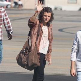 Popular Harry Styles -Image1