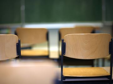 Parents told be ready for strike: county board