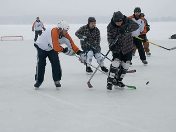 Teams battle for the win in annual Pond Hockey Championships
