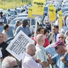 Tense moments at Montreal cab driver protest