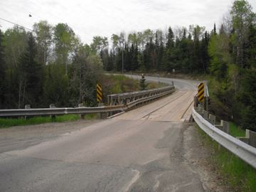 Temagami River bridge, River Valley