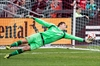 Toronto declines options on Bendik, Konopka-Image1