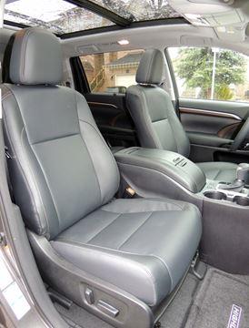 toyota s hefty hybrid surprisingly easy on fuel. Black Bedroom Furniture Sets. Home Design Ideas