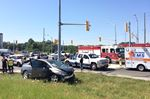 No one seriously injured in Oakville car crash at Bronte Road and 403