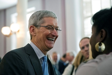 Tim Cook: 'I'm proud to be gay'-Image1