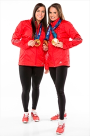 Hockey pair back atop 'Amazing Race Canada'-Image1