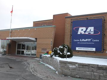 RA Centre reaches deal with striking employees
