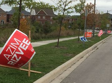 Signs of election time in Milton