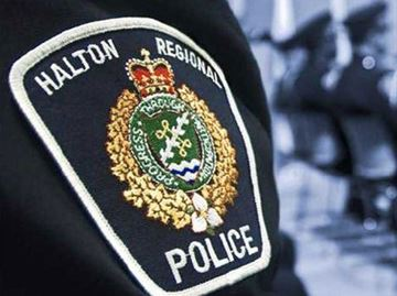 Oakville teens arrested after stealing fridge