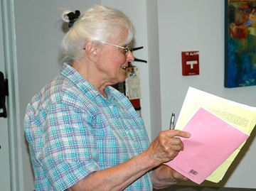 Milton resident pushes council to make legal document public