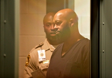 Suge Knight to stay in Vegas jail through weekend-Image1
