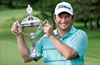 Clark overtakes Furyk to win Canadian Open-Image1