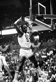 Ex-NBA star Darryl Dawkins, aka 'Chocolate Thunder' has died-Image1