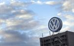 Volkswagen settles with dealers
