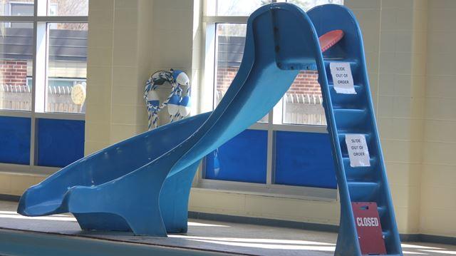 Pool slide closed