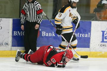 The Smiths Falls Bears earned a 5-1 win in game one of their post season semi-final series with the Nepean Raiders Tuesday night. Goal scorers were Derian Plouffe, Bictor Beaulac, Domenic Camastra, Stefano Momesso and Zachary Senyshyn. Mitchell Herlihey had the lone goal for Nepean. The next home game for the Bears is Friday at 730 p.m.