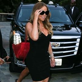 Mariah Carey 'oblivious to aging' -Image1