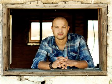 Country-pop artist Tebey plays Kempenfest in Barrie