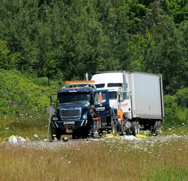 UPDATED Two dead in Hwy 400 crash