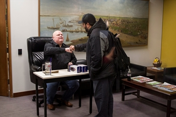 Ailing Rob Ford signs bobbleheads   -Image1