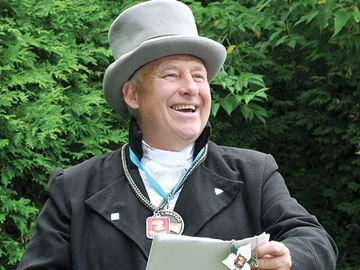 Town Crier Bill McKee wins again