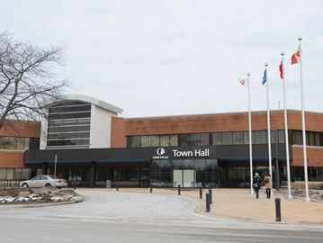 Greenbelt meeting at Oakville Town Hall on May 7