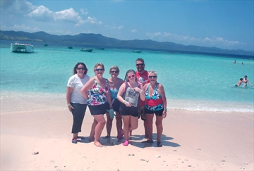 Left to rightChristiane Reid, Sandra Reid, Tracy Holinshead, Taylor Reid, Mike Reid, Janet Reid, Family Vacation in at Paradise Island - San Juan Dominican Republic
