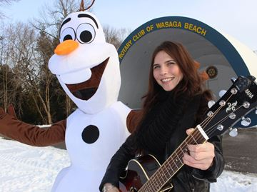 Wasaga's Snowmanmania features a plunge for the brave