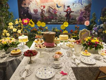 'Alice Through the Looking Glass' brought to life at Toronto pop-up