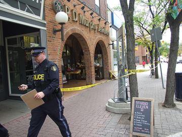 Orillia jewellery store robbed