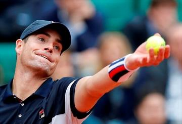 Rising star Thiem, top US man Isner skipping Olympic tennis-Image4