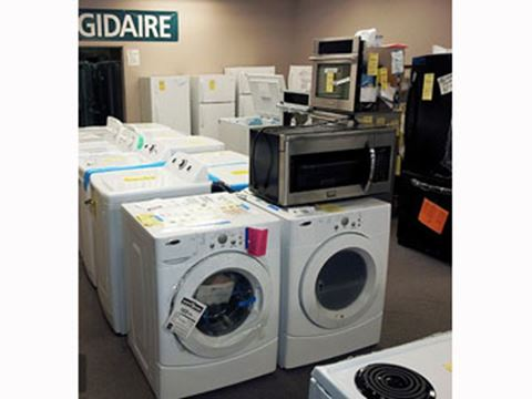 "All your questions answered about ""scratch-and-dent"" appliance store ..."