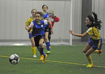 U13GirlsIndoor01-211214-MM.jpg