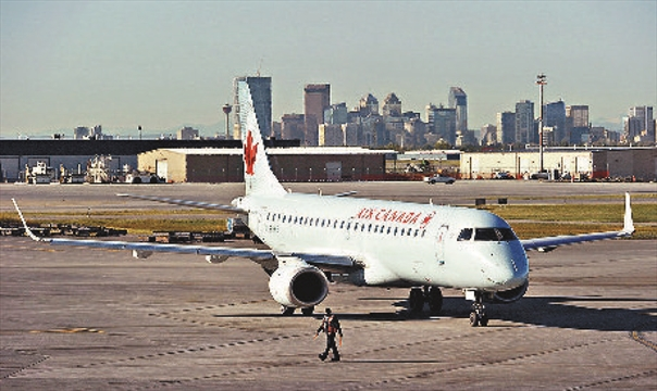 how to become a flight attendant in toronto