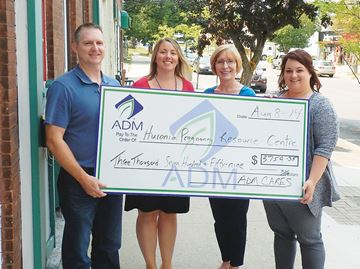 Midland company makes donation to Huronia Pregnancy Resource Centre